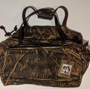 Filson × Mossy Oak Camo Tin Cloth Excursion Bag